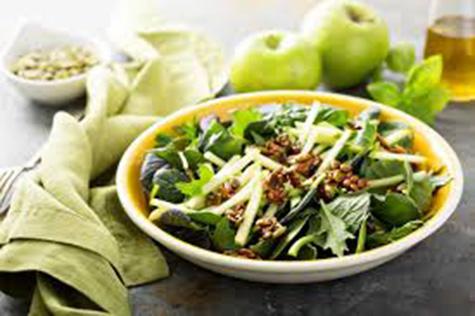 Gröna grönsaker med smaksatt smör